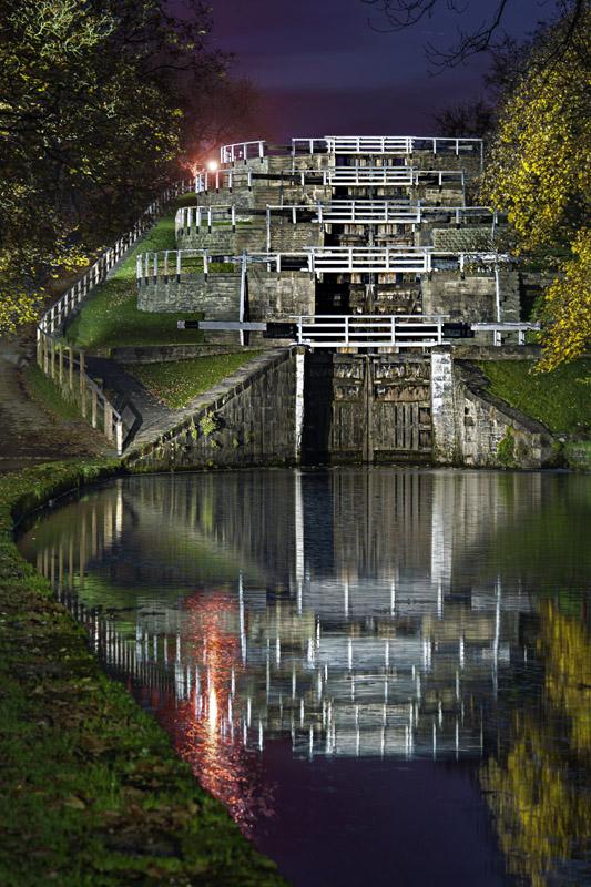 5 Rise Locks Bingley Wallpaper mural